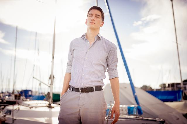 Nicolas wearing a Carpasus shirt, H&M shorts and a Levi's belt