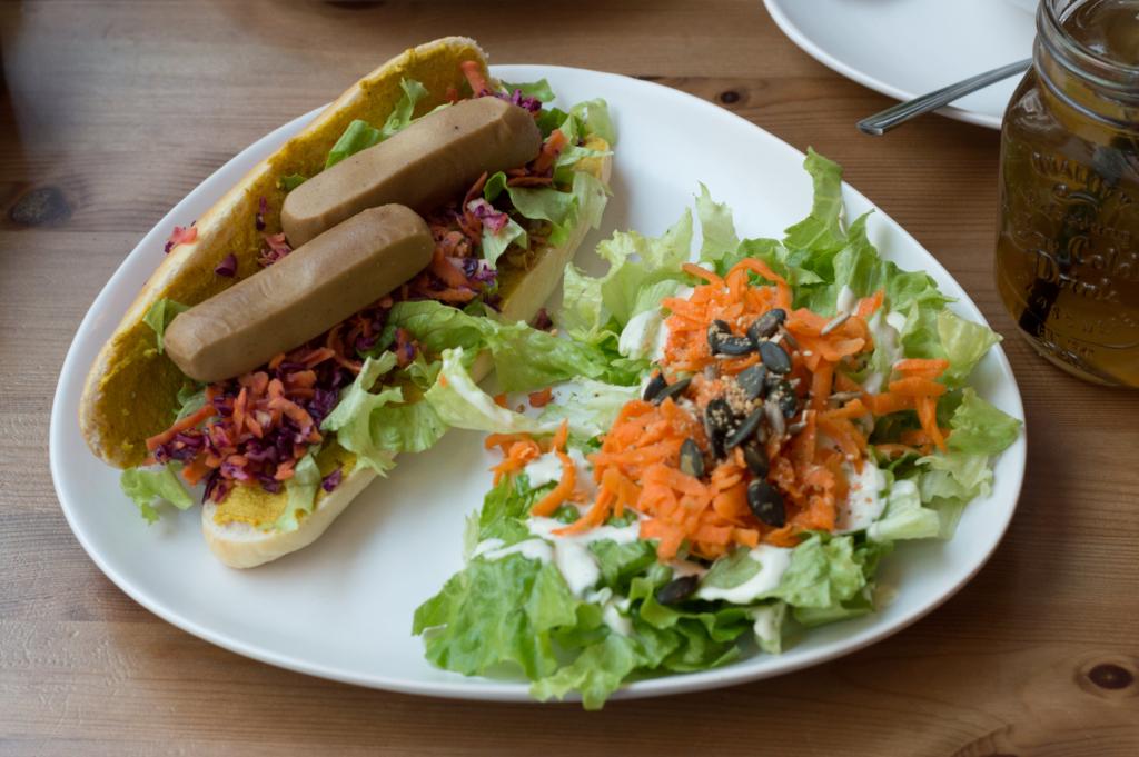 Vegan hot-dog