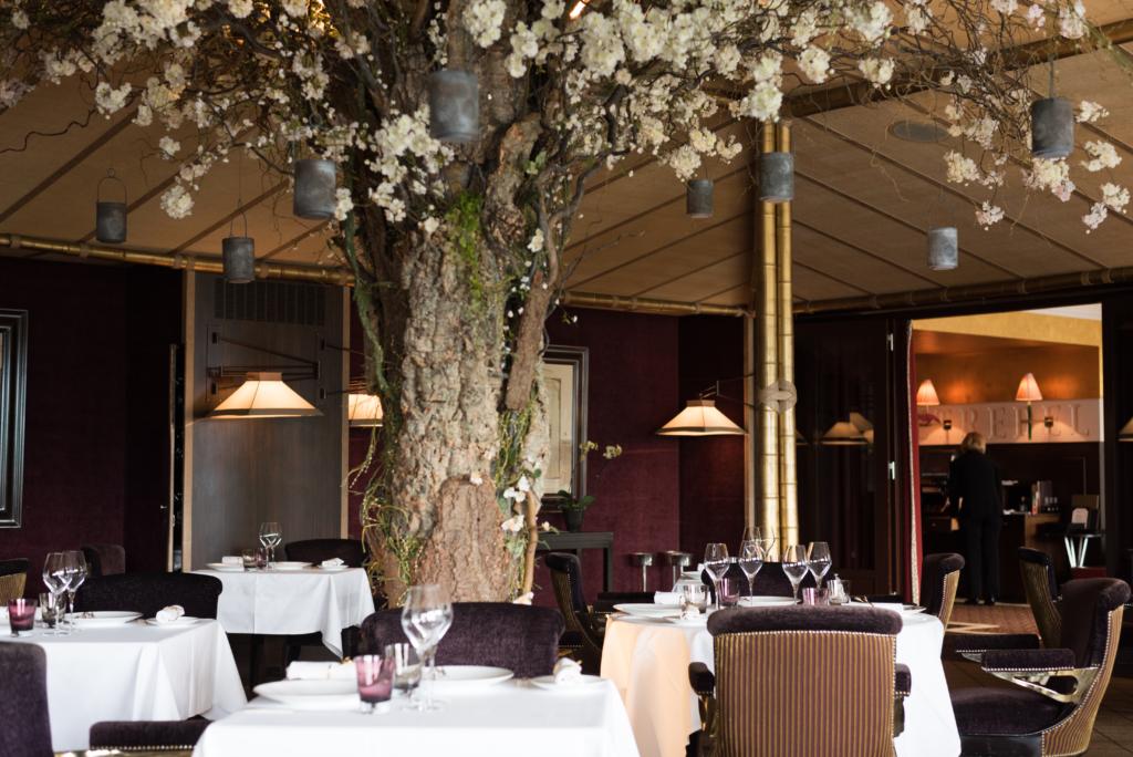 Mood at Le Loti restaurant at La Réserve in Geneva