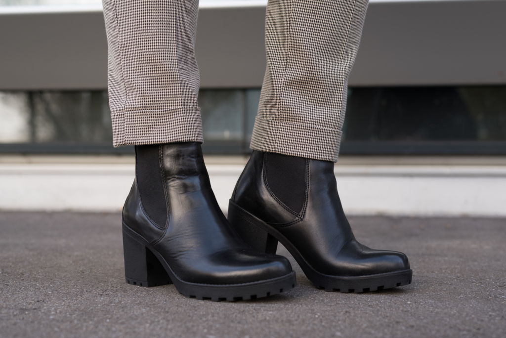 Claire wearing chelsea boots by Dosenbach