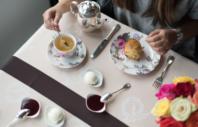 Geneva City Guide – Afternoon Tea at Hôtel d'Angleterre