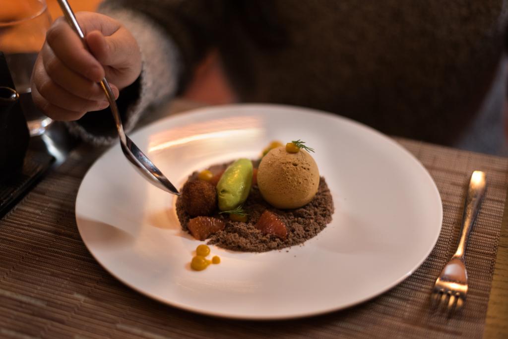 Dulce chocolate pannacotta, mango textures