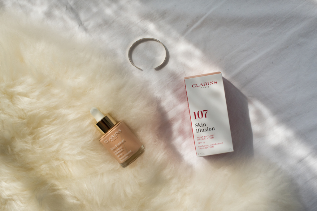 Clarins 107 Skin Illusion Foundation
