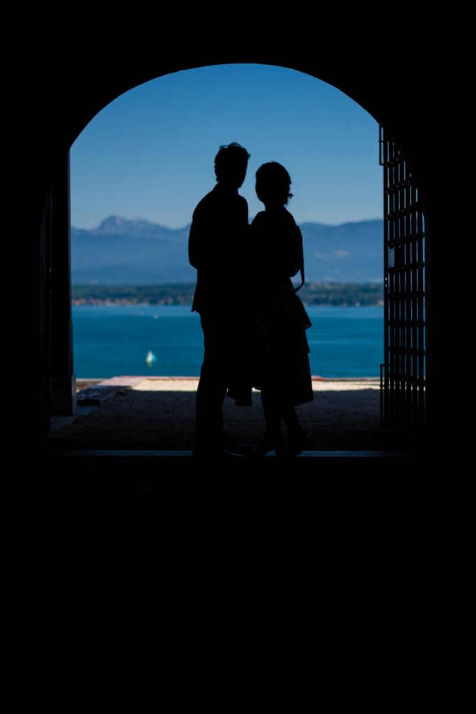 Claire and Nicolas's shadow in front of Lake Geneva