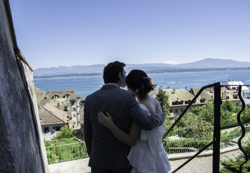 Claire and Nicolas in front of Lake Geneva