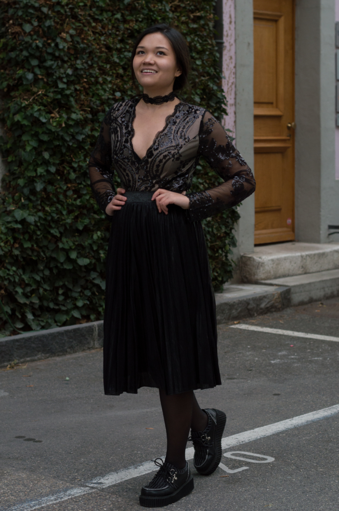 Claire wearing a bodysuit, skirt and choker by Zaful and creepers